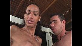 X Video Grupal Com Travesti Brasileira Nos Cacetes