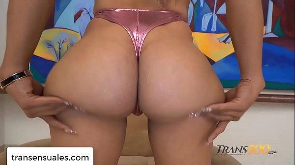 Filme porno com traveca peituda e rabuda